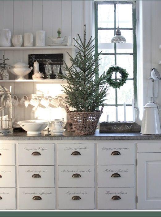 76 Inspiring Scandinavian Christmas Decorating Ideas | DigsDigs