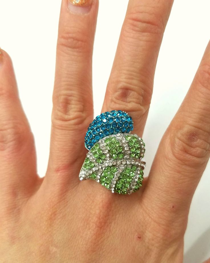 Fashion Jewelry, Trendy Jewelry, Inexpensive Jewelry, Jewelry, Ring, Stretch Ring, Green Ring #jewelryideas
