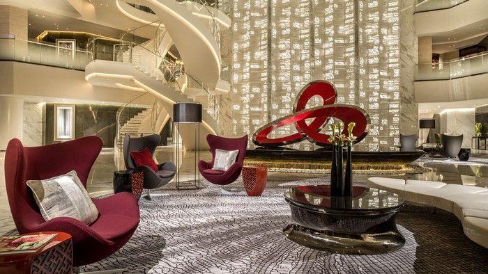 Best hotel lobby designs around the World / hotel design, design inspiration luxury design #hoteldesign #designinspiration #luxurydesign  Read the article: http://www.designcontract.eu/hospitality/best-hotel-lobby-designs-world/