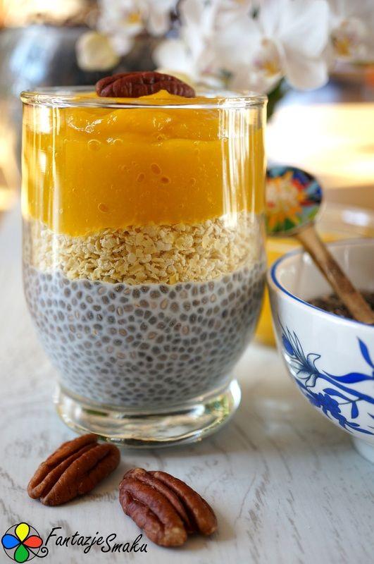 Pudding z chia z musem z mango i kaszą jaglaną http://fantazjesmaku.weebly.com/blog-kulinarny/pudding-z-chia-z-musem-z-mango-i-kasza-jaglana