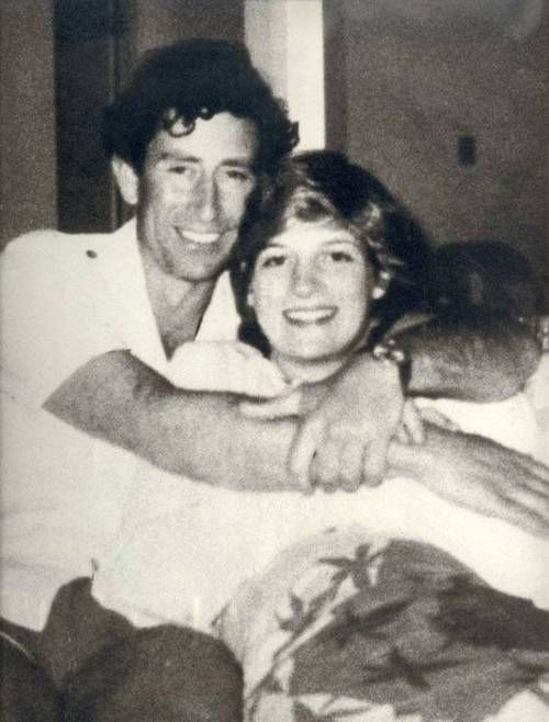 An unusually informal photo of Prince Charles of England and Princess Diana.
