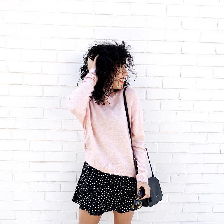 """3,241 curtidas, 35 comentários - Bruna Vieira (@brunavieira) no Instagram: """"O vestido vira saia com o suéter por cima! :)"""""""