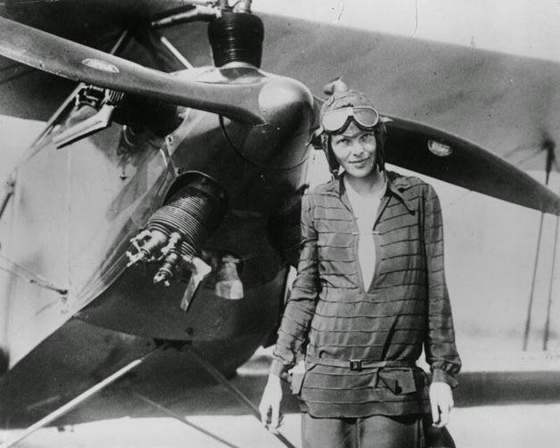mulheres-poderosas-Amelia Earhart, a primeira mulher a voar o Oceano Atlântico – 1928