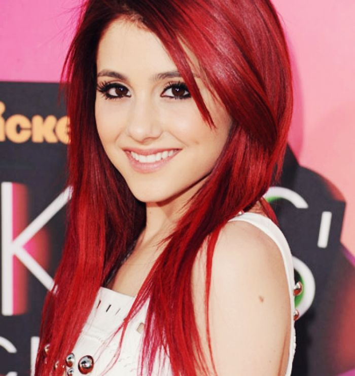 Has ariana grande red hair recommend you
