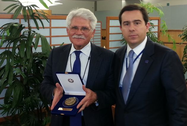 Με τον Πρόεδρο της Επιτροπής Διεθνούς Εμπορίου του Ευρωπαϊκού Κοινοβουλίου (ΙΝΤΑ), Πορτογάλο ευρωβουλευτή, Καθηγητή Vital Moreira