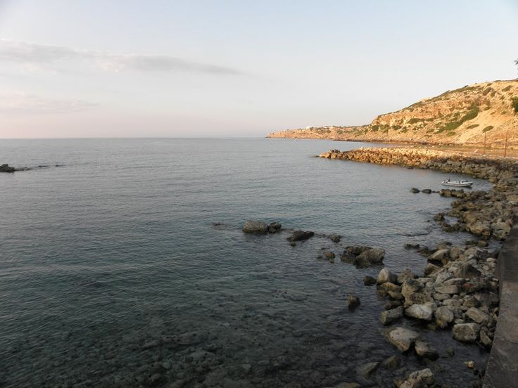 Gerani beach is located in Rethymno prefecture and lies 6 km to the west of Rethymno city.  https://greece.terrabook.com/rethymno/page/gerani-beach  #Greece #Crete #Rethymno #terrabook #GreekIslands #TravelTips #Travel #GreeceTravel #Travelling #Traveling #GreekPhotos #Holiday #Summer #Vacation