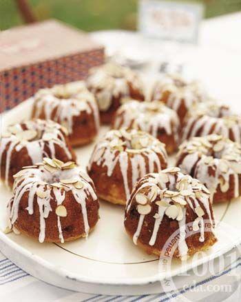Миндальные кексы-пирожные к завтраку