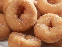 Pork rind recipes, fun facts and stories. Ideas on using pork skins and chicharones for parties, tailgating and everyday snacking. -