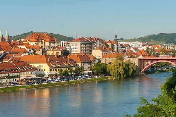 Maribor Szlovénia második legnagyobb városa. Csodálatos környezetben fekszik Szlovénia egyik legfontosabb idegenforgalmi célpontja. Gazdag borászati hagyománya talán a legrégebbi a világon.