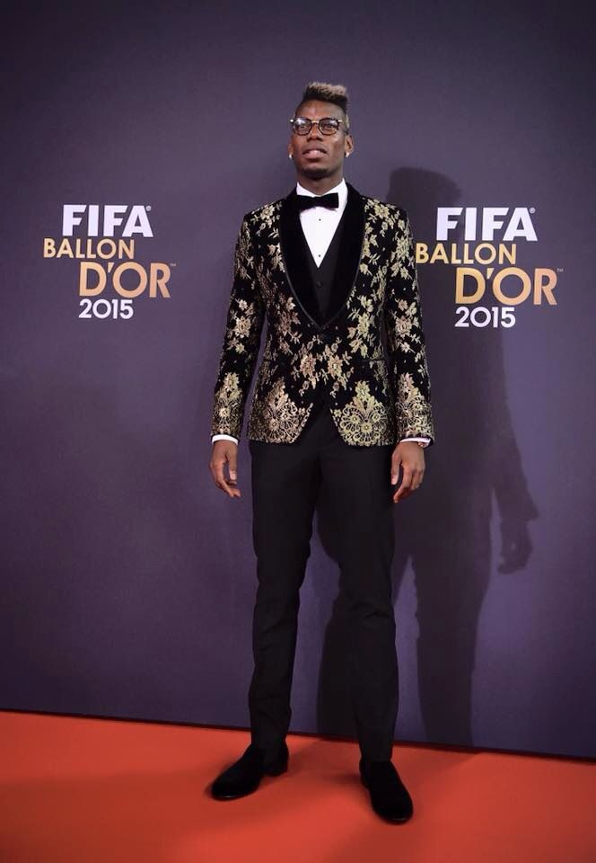 Paul Pogba steals the show at Ballon d'Or 2015 with hair-glasses-suit combo. Dolce Gabbana 2016 #MenCollection