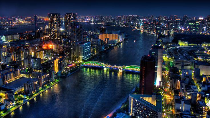 ¡¡Adiós Tokyo!!, ¡¡Ciao Japón!!, nos vamos y dejamos atrás esta fantástica cultura milenaria para continuar viajando de la mano de Vega, ¿a dónde nos llevará en esta semana que va a dar comienzo?, aún no lo sabemos pero mientras tanto nos deja estas fotografías nocturnas de la megaurbe japonesa para que disfrutemos de ellas...