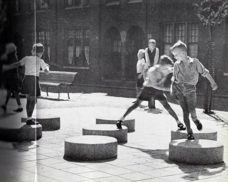 PLAYGROUNDS, ALDO VAN EYCK
