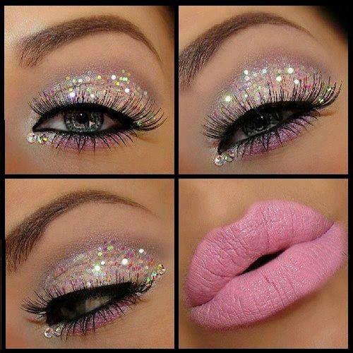 Una alternativa diferente que podemos llevar de noche o a una fiesta, no te pierda el paso a paso para lograr este maquillaje ojos con brillo