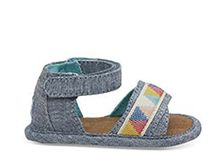Blauw Oneffen Geo Chambray Tiny TOMS Shiloh Sandalen
