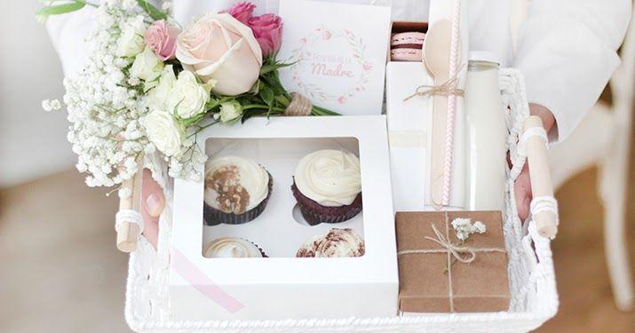 Otro año más, os presentamos el desayuno especial para el día de la madre. Este año podréis recogerlo en nuestra tienda (C/Soto d... Macarons, Gift Wrapping, Cakes, Blog, Gifts, Vanilla Smoothie, Store, Meals, Gift Wrapping Paper
