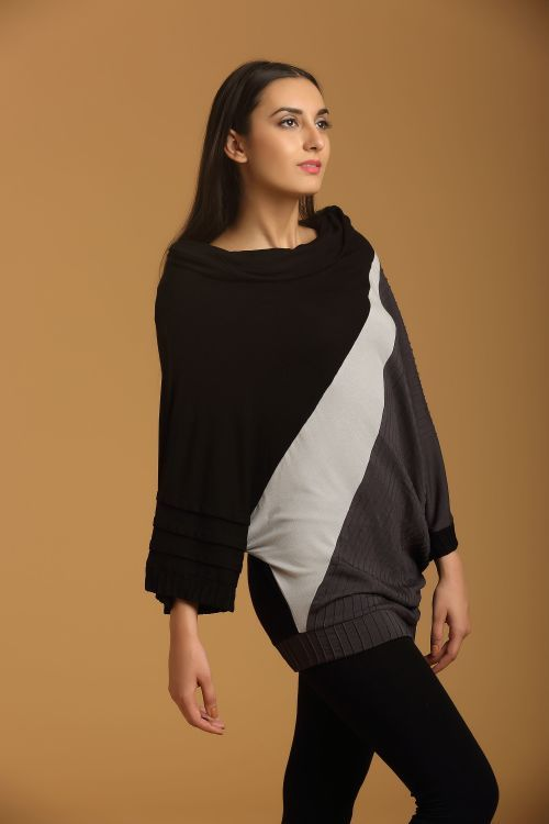 This Long Top Is A Casual Piece Which Can Be Styled In Many Ways A Pair Of…