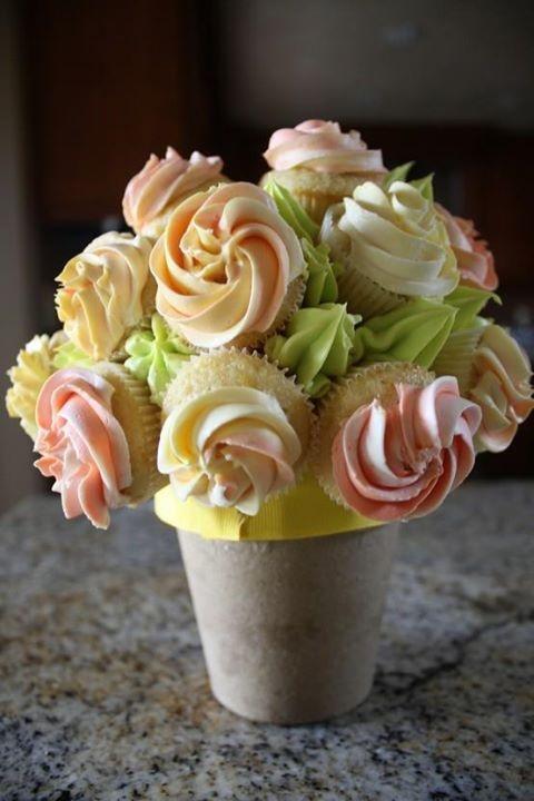 cupcake butter cream | Wedding cake cupcakes food | Pinterest
