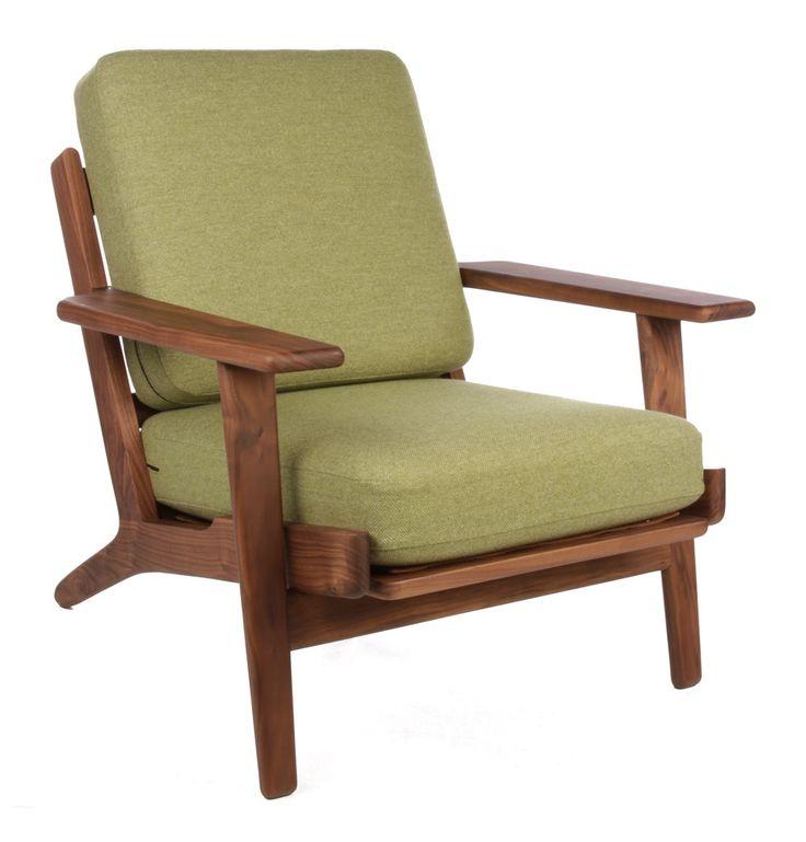 The Matt Blatt Replica Hans Wegner Plank Armchair - Walnut - Matt Blatt