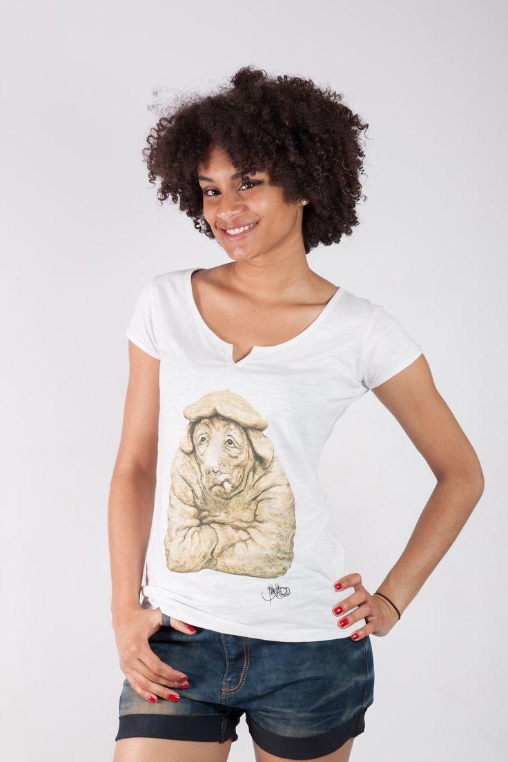 T-shirt femme Jean Pierre Blanchard. T-shirt col large Ky-Kas élégant tendance original et mode. T-shirt femme sérigraphié JP Blancchard sportswear streetwear