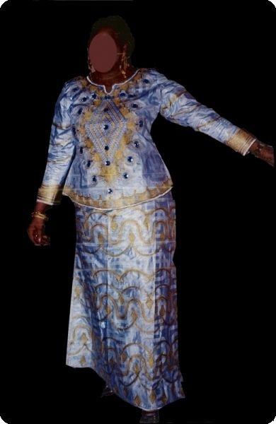 Boubou robe bazin riche Mali avec perlage Ref 5331