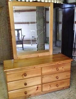 $100 FIXED PRICE !!!!!  SELL AS IS !!  Pay via PayPal !!!! | Dressers & Drawers | Gumtree Australia Logan Area - Logan Central | 1107203101