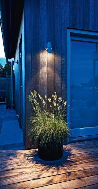 Tre steg till vackrare trädgård med ljus