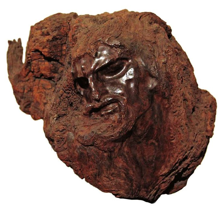 http://erzia-museum.ru/ru/kollekciya/stepan-erzya/galereya-rabot/ Христос. Не датирован. Кебрачо.
