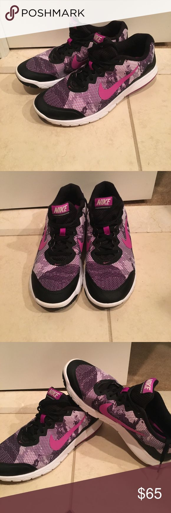 Nike Flex Experience RN 4 - Like New Light Wear! Shoes are in really good condition! Very comfortable to walk, jog and run in! Purple and Black! Nike Shoes Athletic Shoes