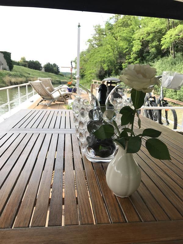 Stenson 79 DB for sale France, Stenson boats for sale, Stenson used boat sales, Stenson Barges For Sale Unique luxury luxemotor - Apollo Duck