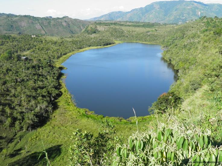 Laguna Guaitipan Pitalito.................G