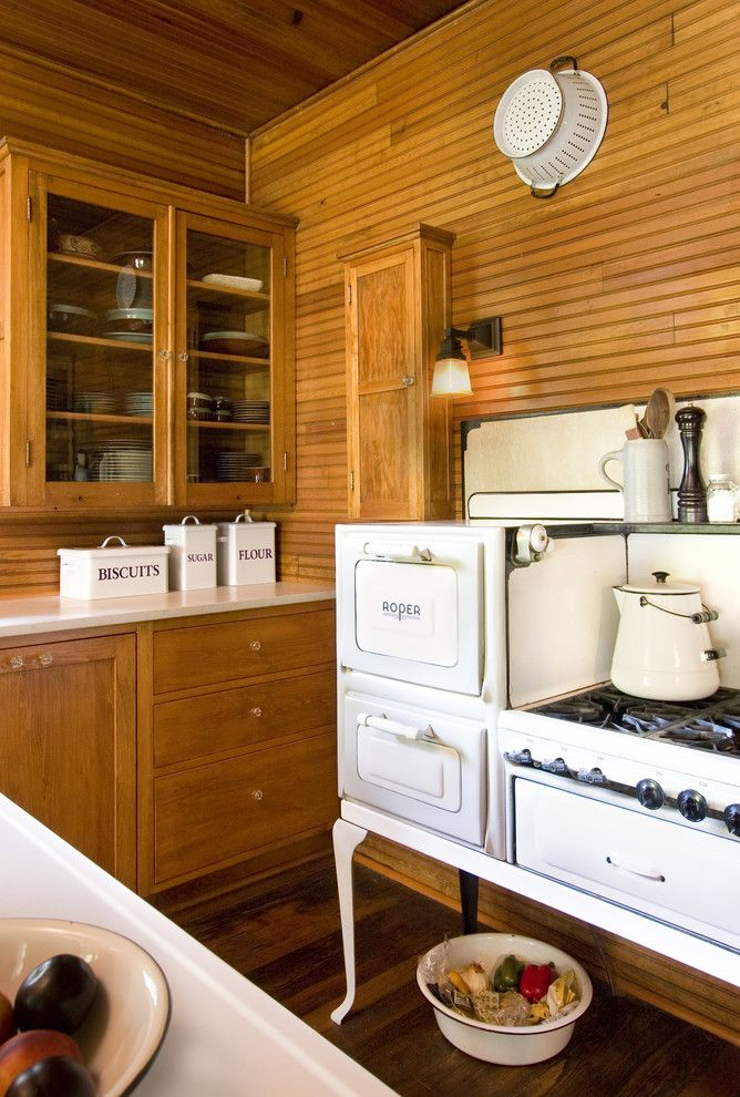Vintage Cottage Kitchen Great Stove Beach House