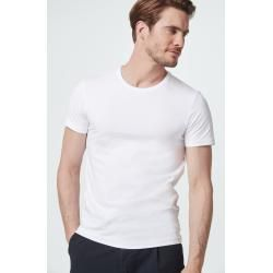 Mar 29, 2020 – T-Shirt Two-Pack in Weiß windsorwindsor #style #shopping #styles #outfit #pretty #girl #girls #beauty #be…