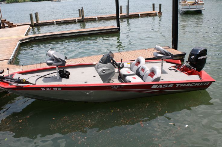 New Bass Tracker Fishing boat with 60 HP Motor