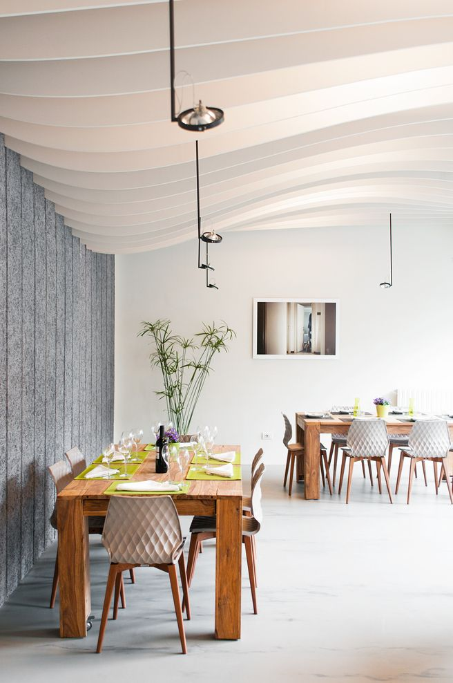 QKing Restaurant, Milano, Italy designed by Modourbano