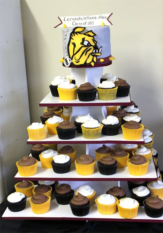 Square Graduation Cupcake Tower Display: http://www.thesmartbaker.com/5-tier-square-cupcake-tower/