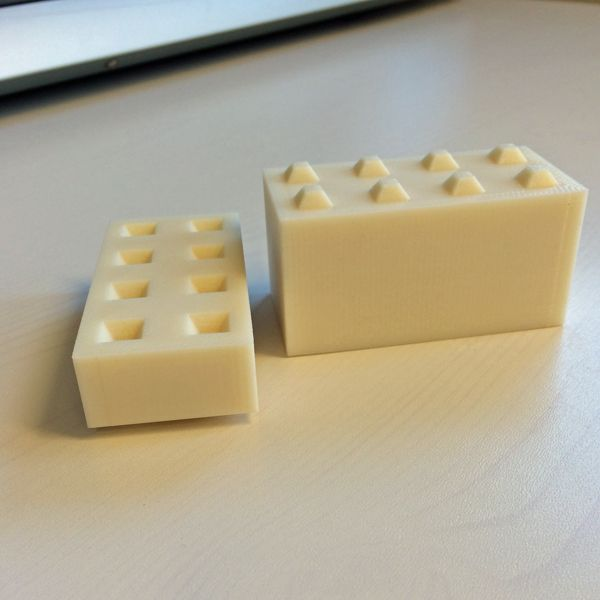 A project where we created miniatures of concrete blocks to plan silos by using 3d printer and silicone.