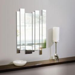 Moderne Spiegel Bestaande Uit Een Aantal Verticale Stroken Van Verschillende Diameter Natuurlijk Voor