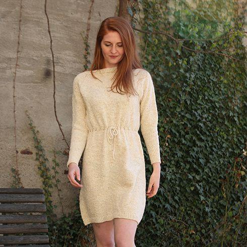 Ovenfra-og-ned-kjole - delikat strikket kjole