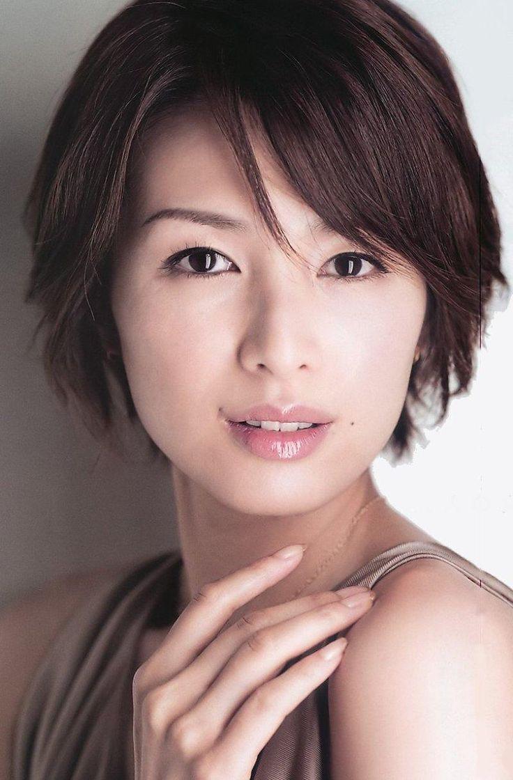 Michiko Kichise (吉瀬 美智子, born 17 February 1975)
