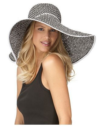 Floppy Sun Hat - I love hats but I never wear them. That doesn't prevent me from always trying them on in the store, though! #COLORSOFSUMMER