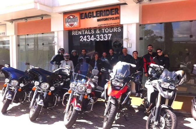Motorcycle Rental in Rio de Janeiro Rent a motorcycle in Rio de Janeiro and have fun riding in this wonderful city, seeing the best attractions. You can choose to rent a Harley-Davidson, BMW or a Triumph motorcycle.   Your motorcycle rental is valid for 24 hours so once you pick your motorcycle up from the office, you can have a wonderful time discovering the best places in Rio de Janeiro. You can choose to ride a Harley-Davidson, BMW or a Triumph motor...