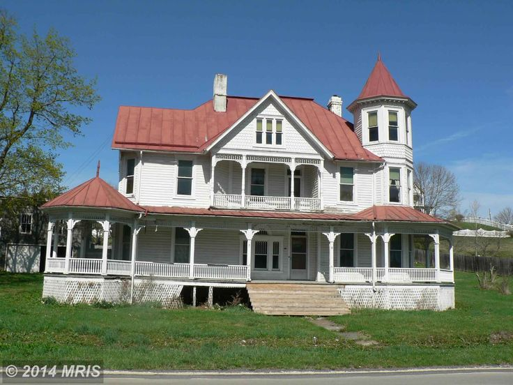 20 best the front porch images on pinterest outdoor for 3 story victorian house