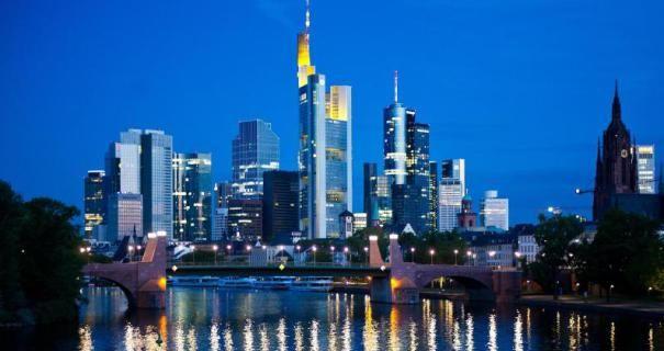 25 Jahre Wiedervereinigung: Frankfurt feiert mit Fotos und Licht | Frankfurter Neue Presse