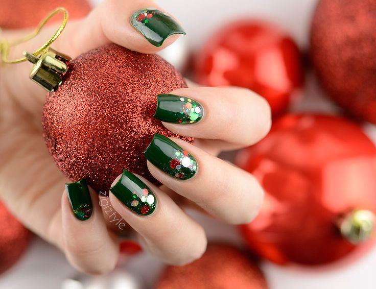 ZigiZtyle: KBShimmer - Kringle All The Way, China Glaze - Holly-Day, China Glaze - Glitter All The Way
