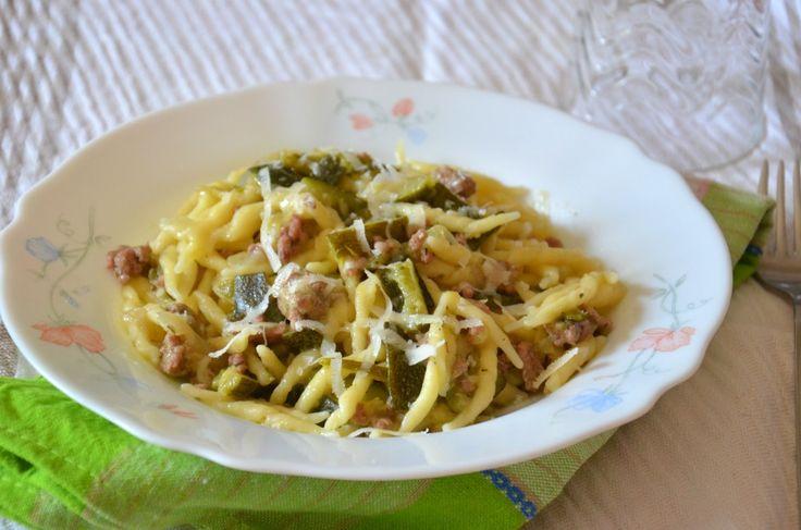 Pasta+con+ragù+bianco+di+zucchine