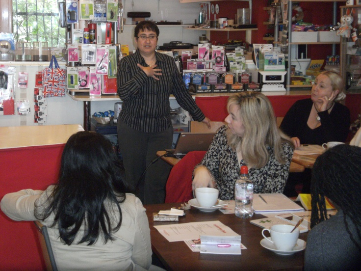 Social Media Talk with Lorraine Windsor at the Greenwich Enterprise Club on 17 Dec 2012. #Startup #Entrepreneur #BusinessSupport #Networking #Enterprise #Greenwich