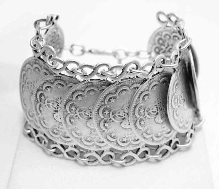 Silver bracelet model A3096. Part of collection 96.