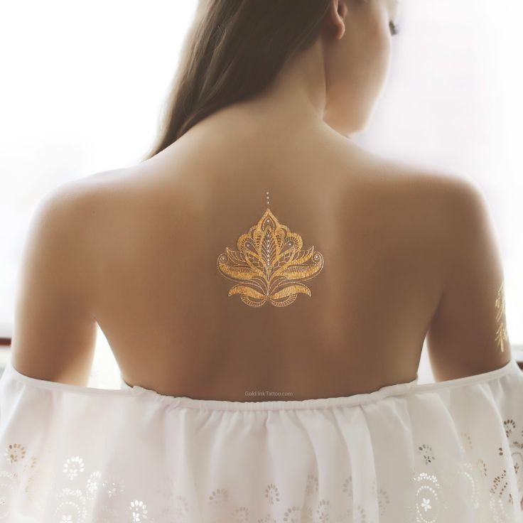 "4"" x 4"" henna inspired metallic temporary tattoo. Could be put on the back or on the wrist and combined with regular henna!"