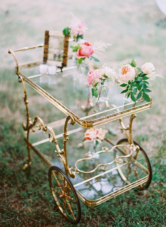 Romantic fall Mississippi wedding | Photo by Cassidy Carson Photography | Read more - http://www.100layercake.com/blog/?p=85074