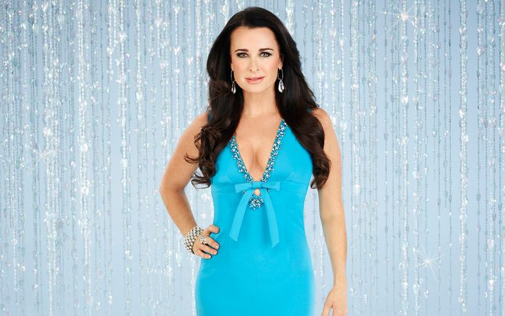 Kyle Richards on Housewives, Plastic Surgery, and Keeping the Romance Alive with Mauricio